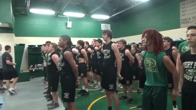 Indian Varsity Football - Santa Fe High School - Santa Fe